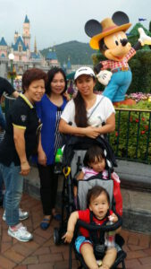 Having fun with my aunt at Disney HK with the kids